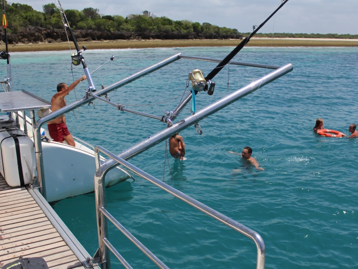 Half Day yacht Charter trip to Tumbatu island for Snorkelling in Zanzibar!